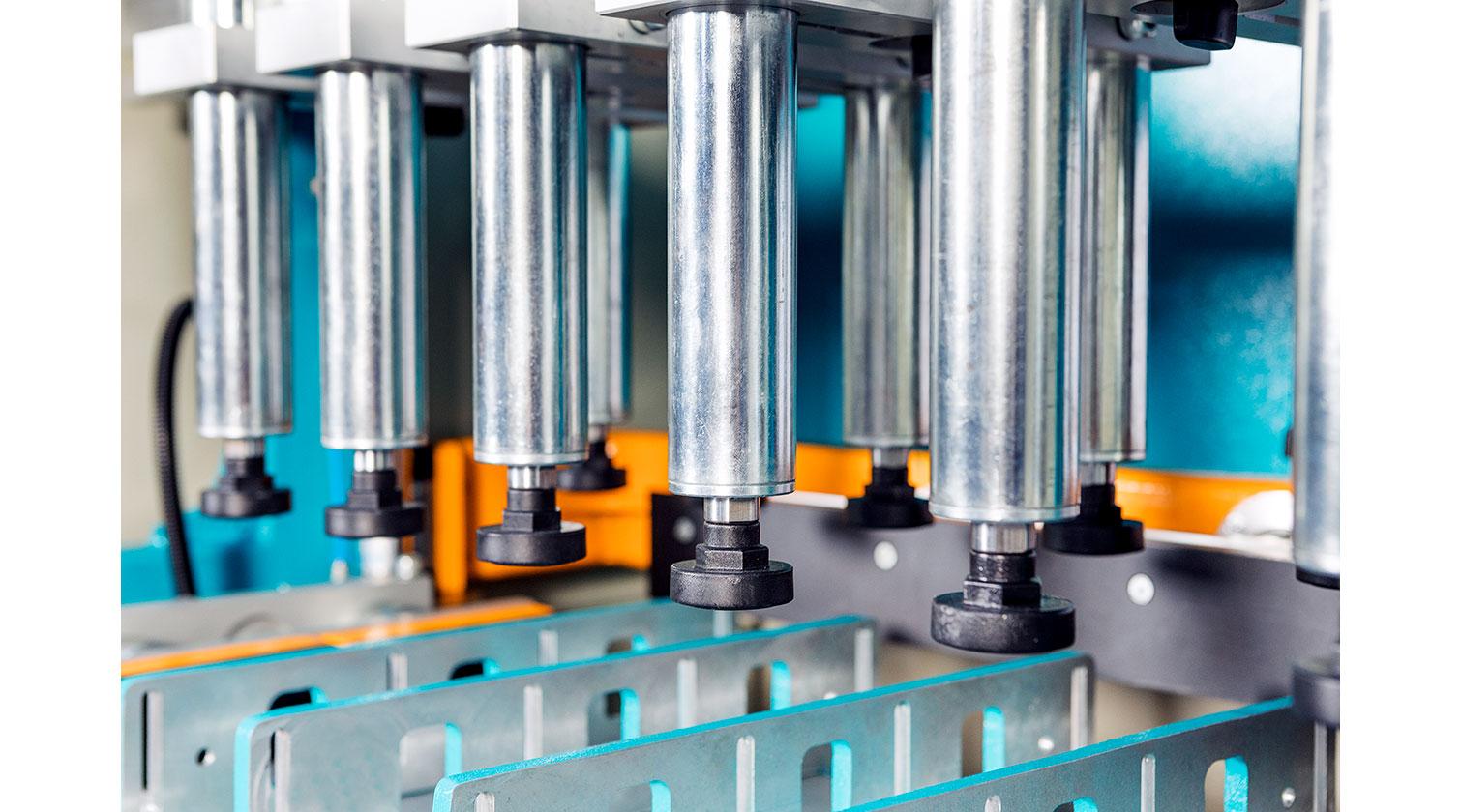 INT aluminum pneumatic end miller Yilmaz MEM 128 vertical clamping cylinders