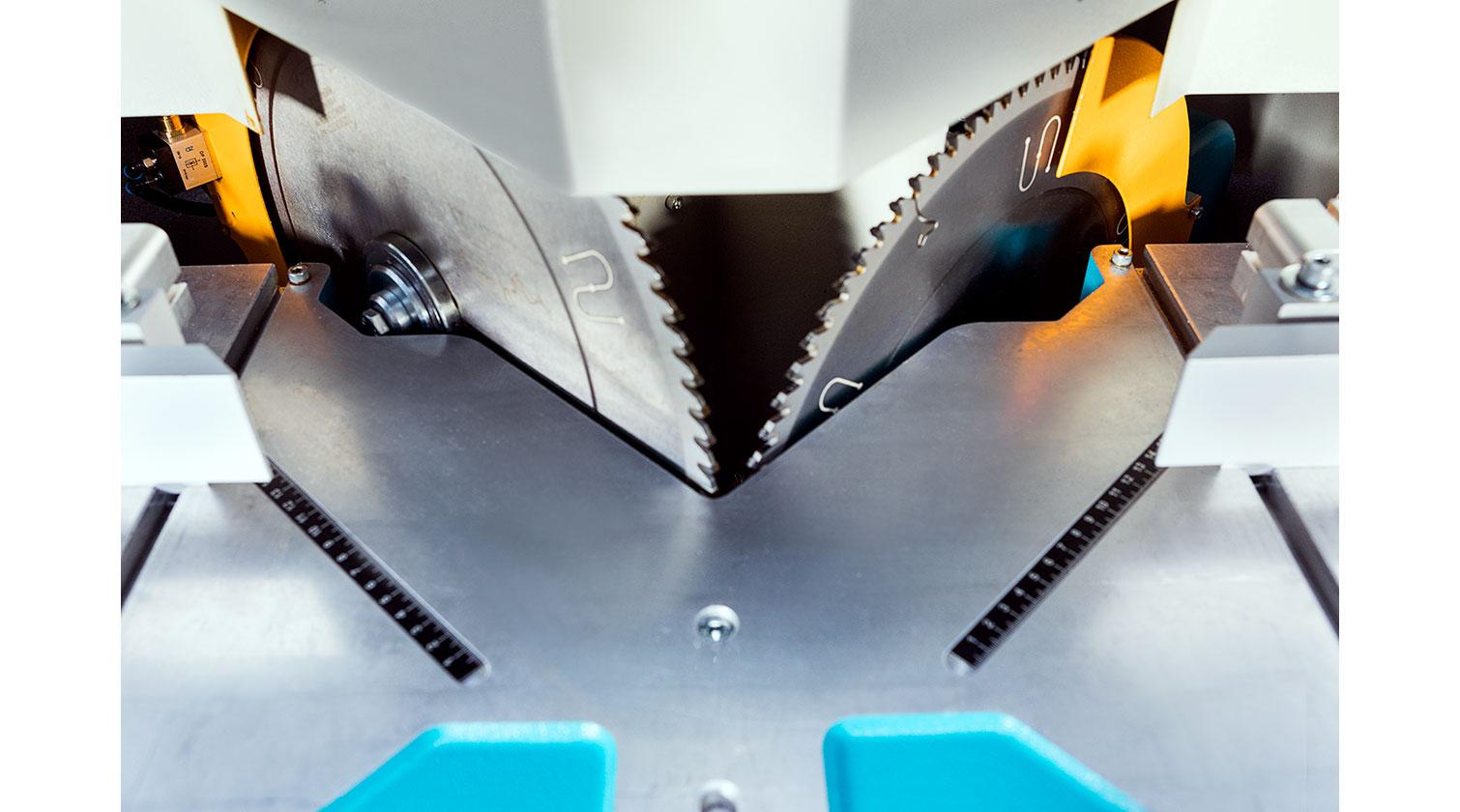 INT aluminum V cut vertical saw Yilmaz VK 420 blades