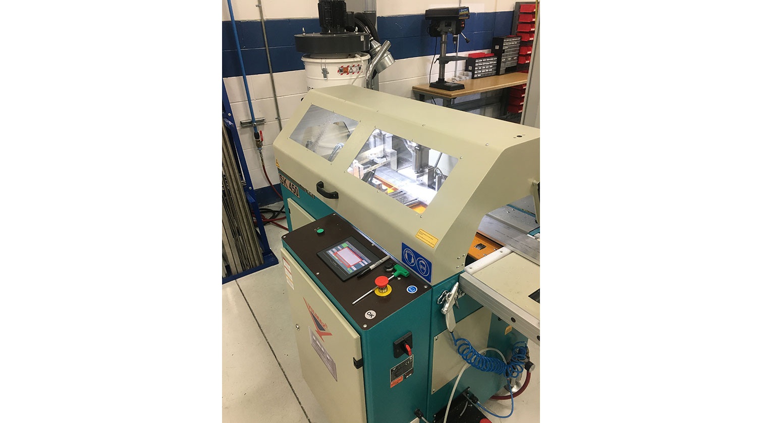 INT aluminum automatic saw Yilmaz SK 450 operator interface