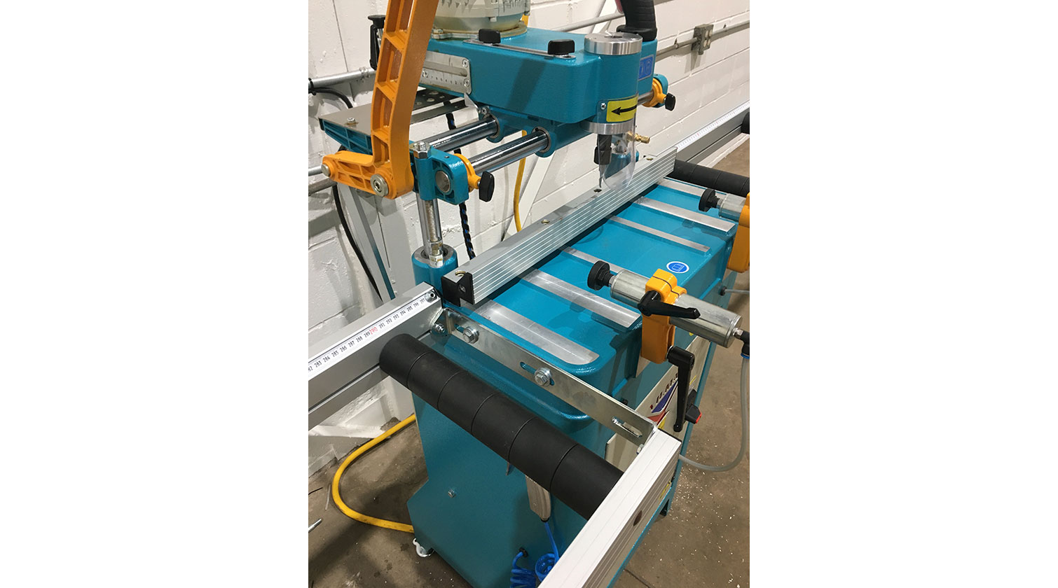 INT aluminum copy router Yilmaz FR 221 S working area