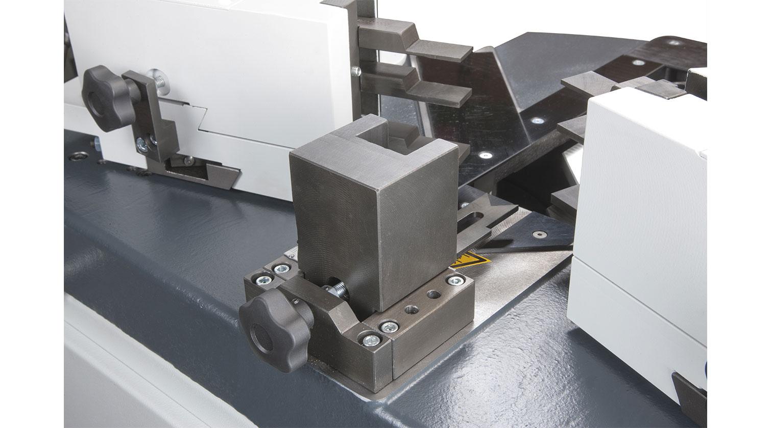 INT aluminum corner crimper Pressta Eisele Pressta 5000 v corner reference