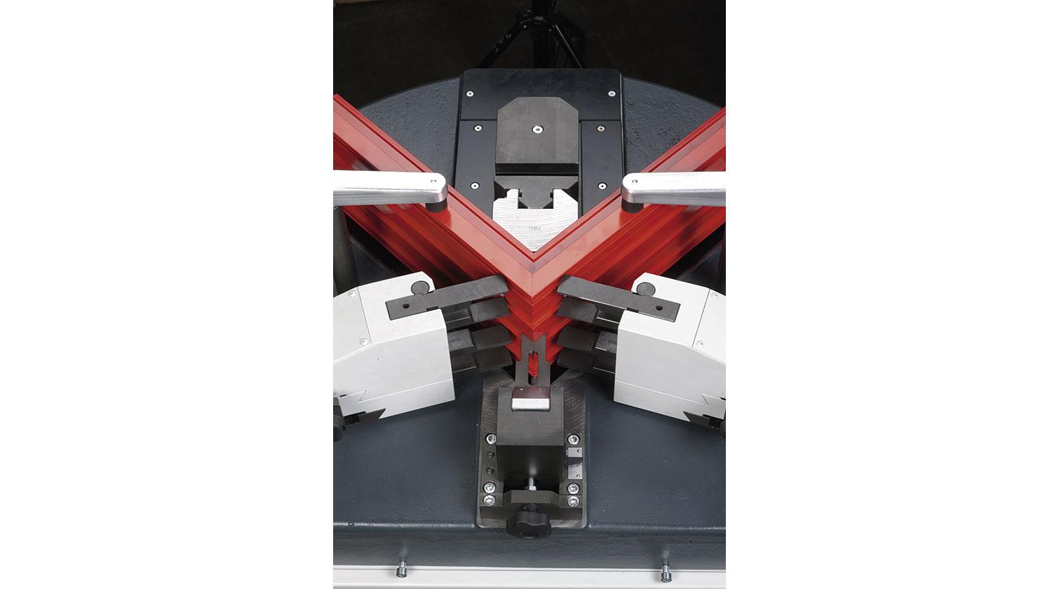 INT aluminum corner crimper Pressta Eisele Pressta 7000 crimping process