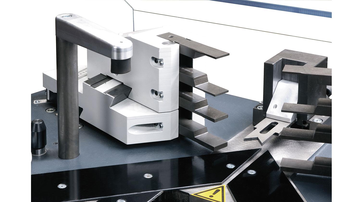INT aluminum corner crimper Pressta Eisele Pressta 7000 knives