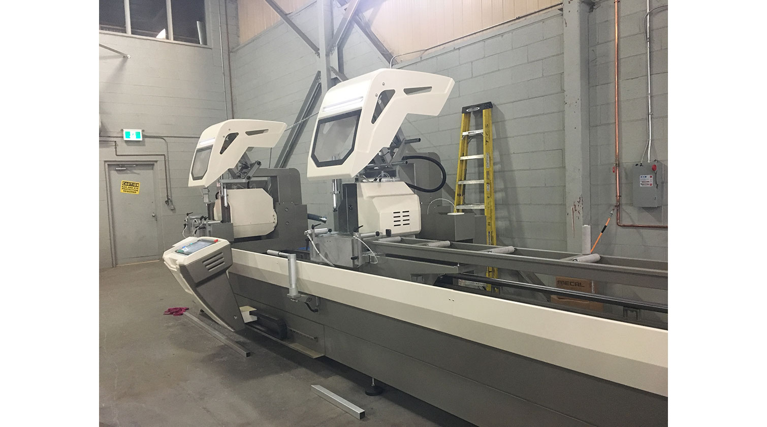 INT aluminum double mitre saw Mecal SW 553 Reverse Garda 3 installed in Newmarket ON 1