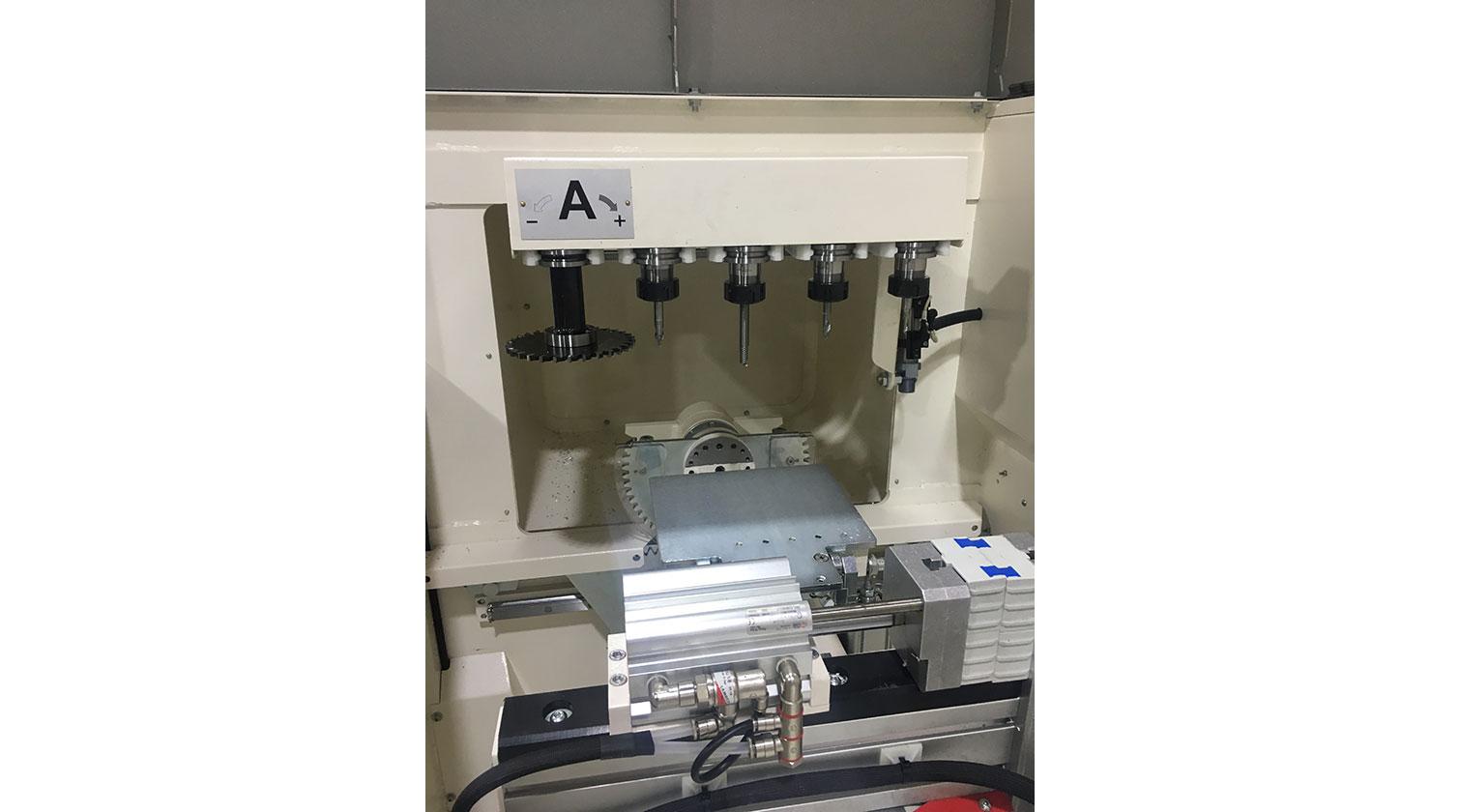 INT aluminum CNC Mecal Aydo clamp detail 1
