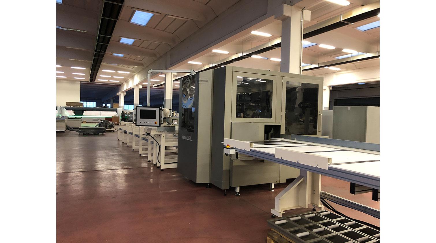 INT aluminum CNC Mecal MC 316 fabrication centre close look d 1