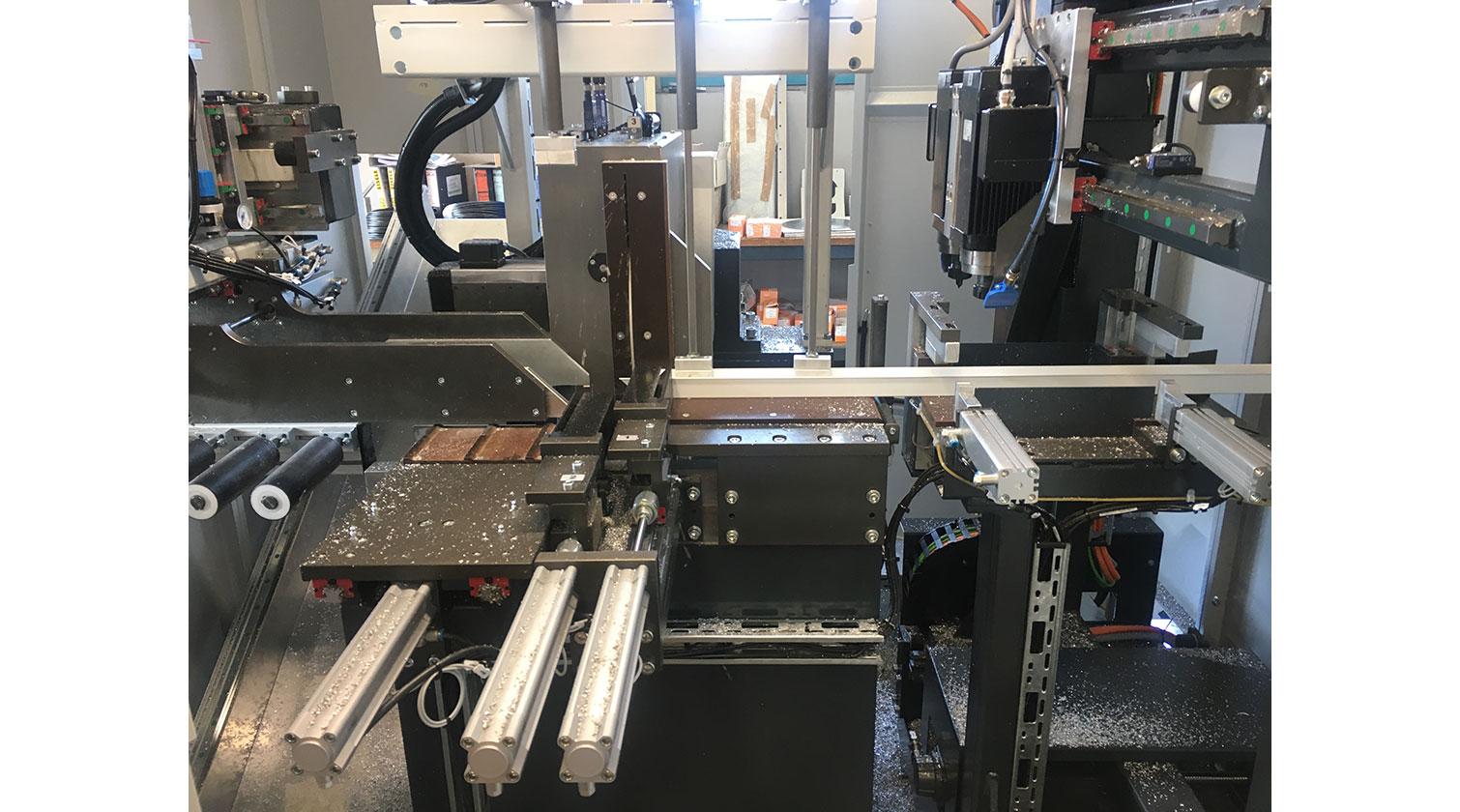 INT aluminum cutting centre Pressta Eisele SW 600 straight cut