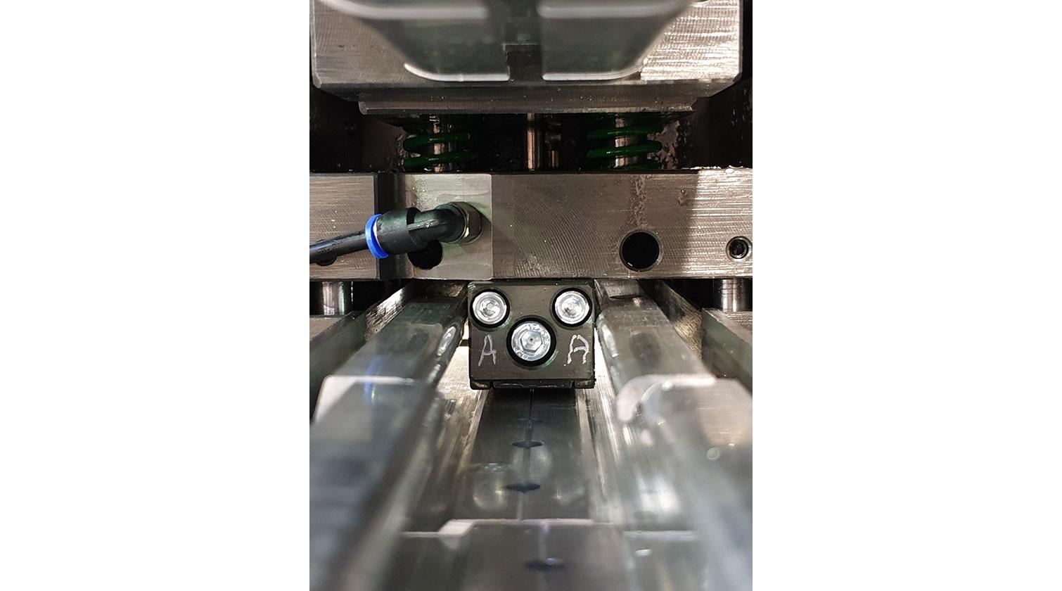 INT aluminum cutting punching centre Pressta Eisele Profilma 501 E ST punching die a