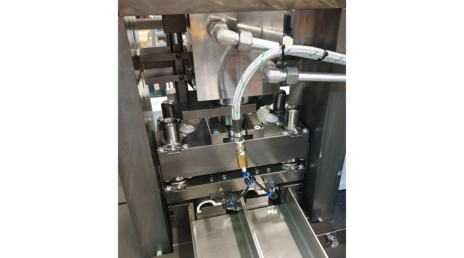 INT aluminum cutting punching centre Pressta Eisele Profilma 501 E ST punching die e