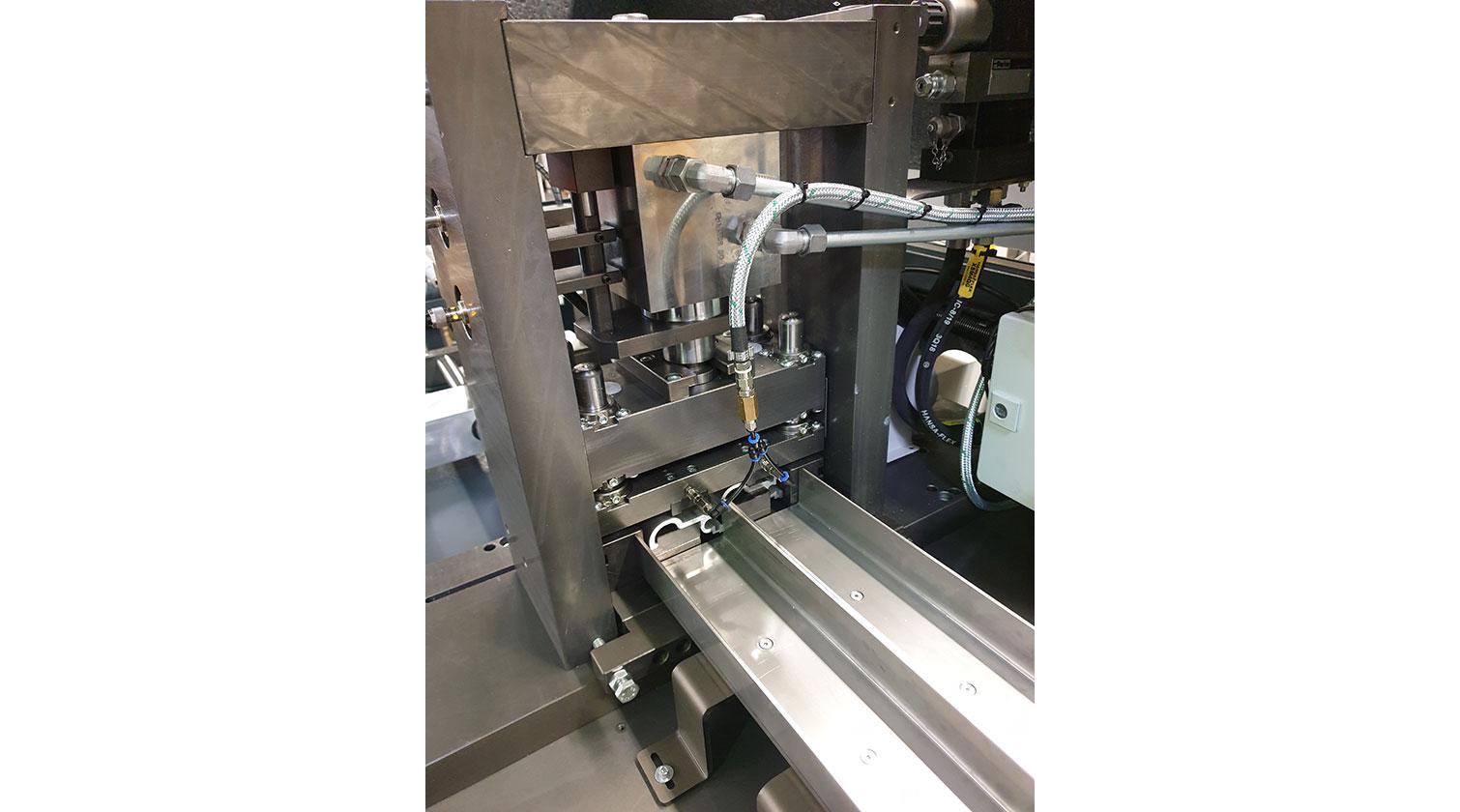 INT aluminum cutting punching centre Pressta Eisele Profilma 501 E ST punching die