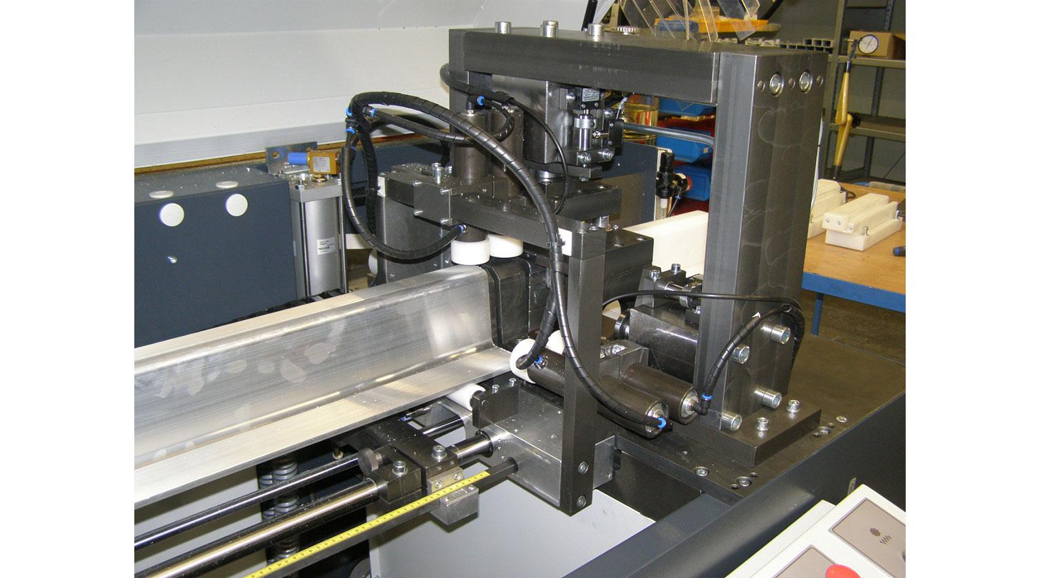 INT aluminum cutting punching centre Pressta Eisele Profilma 501 E ST servo feeder a