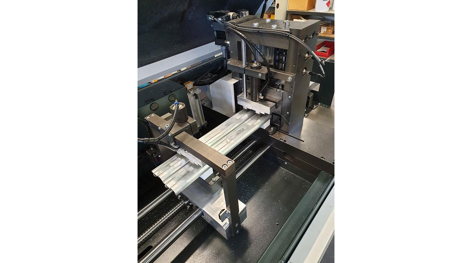 INT aluminum cutting punching centre Pressta Eisele Profilma 501 E ST servo feeder d
