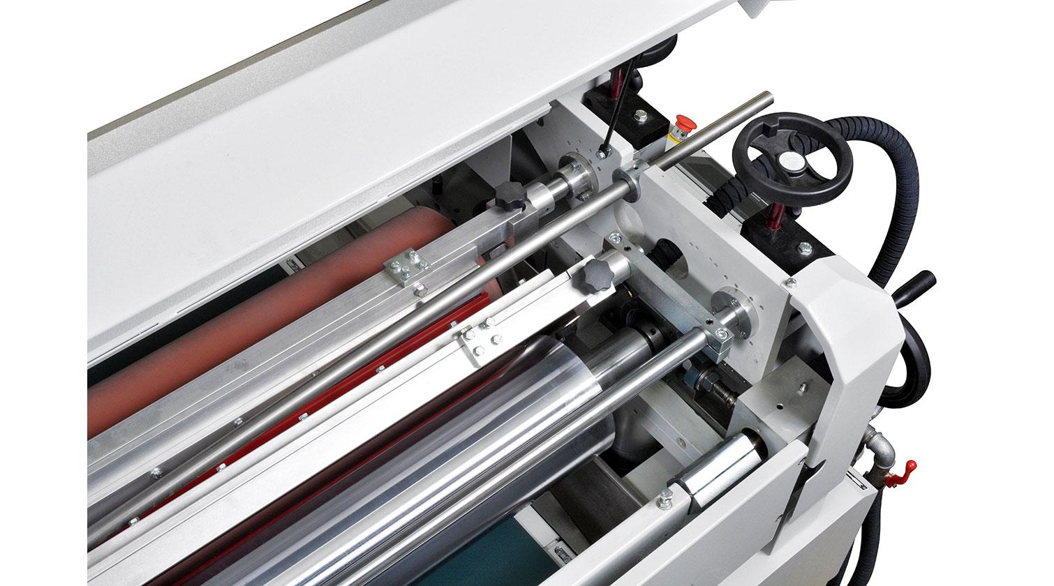 INT spandrel paint line Giardina roller coater detail 2
